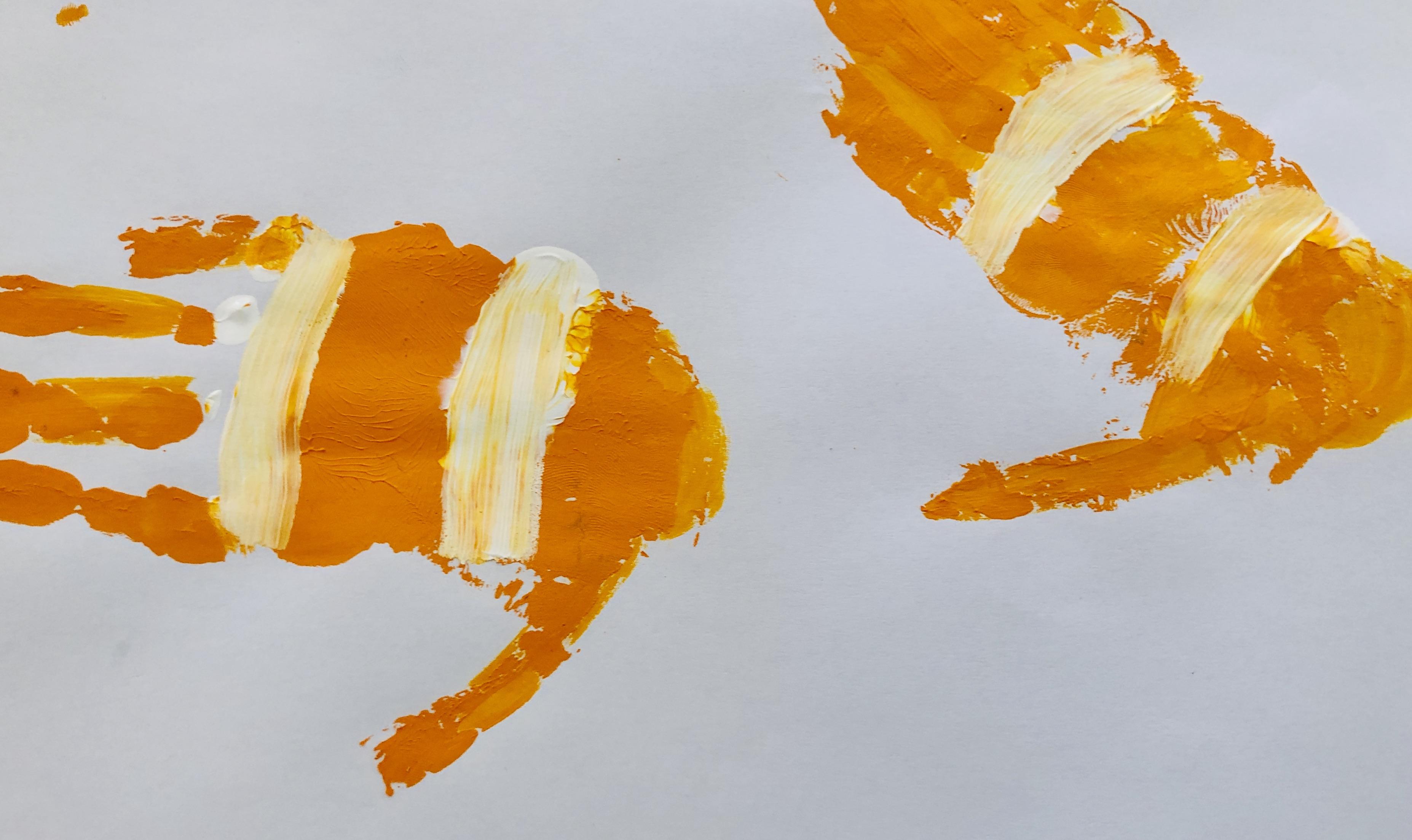 clownfish hand print