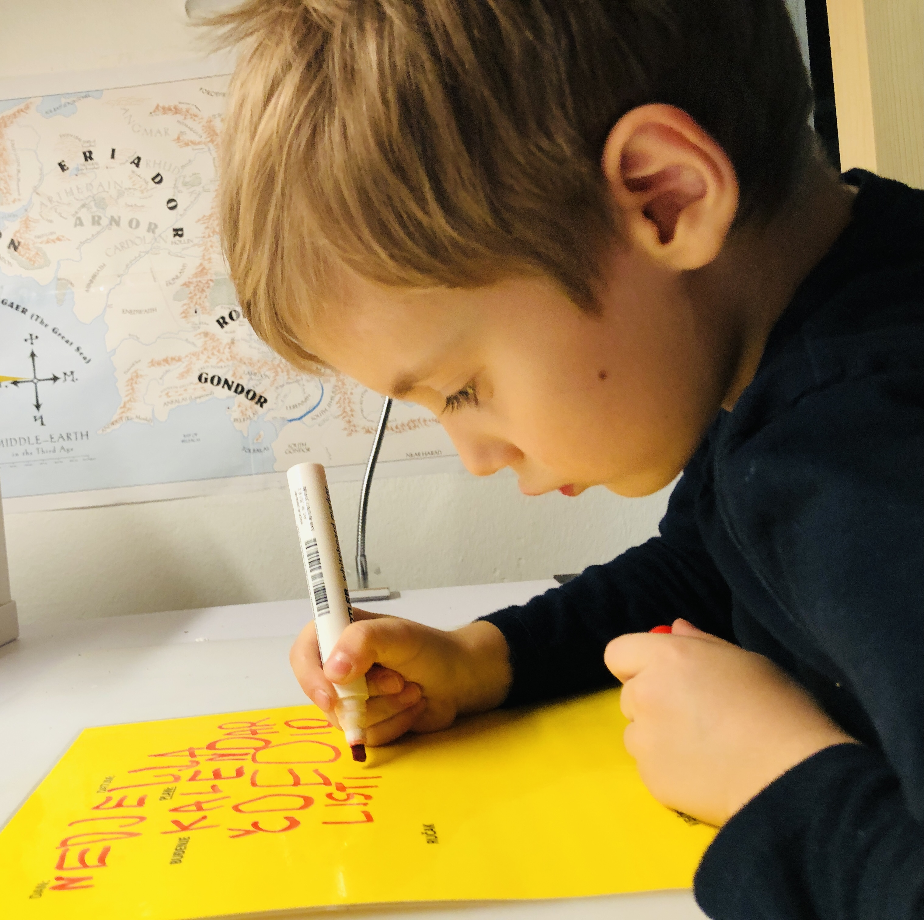 kid making his own routines plan