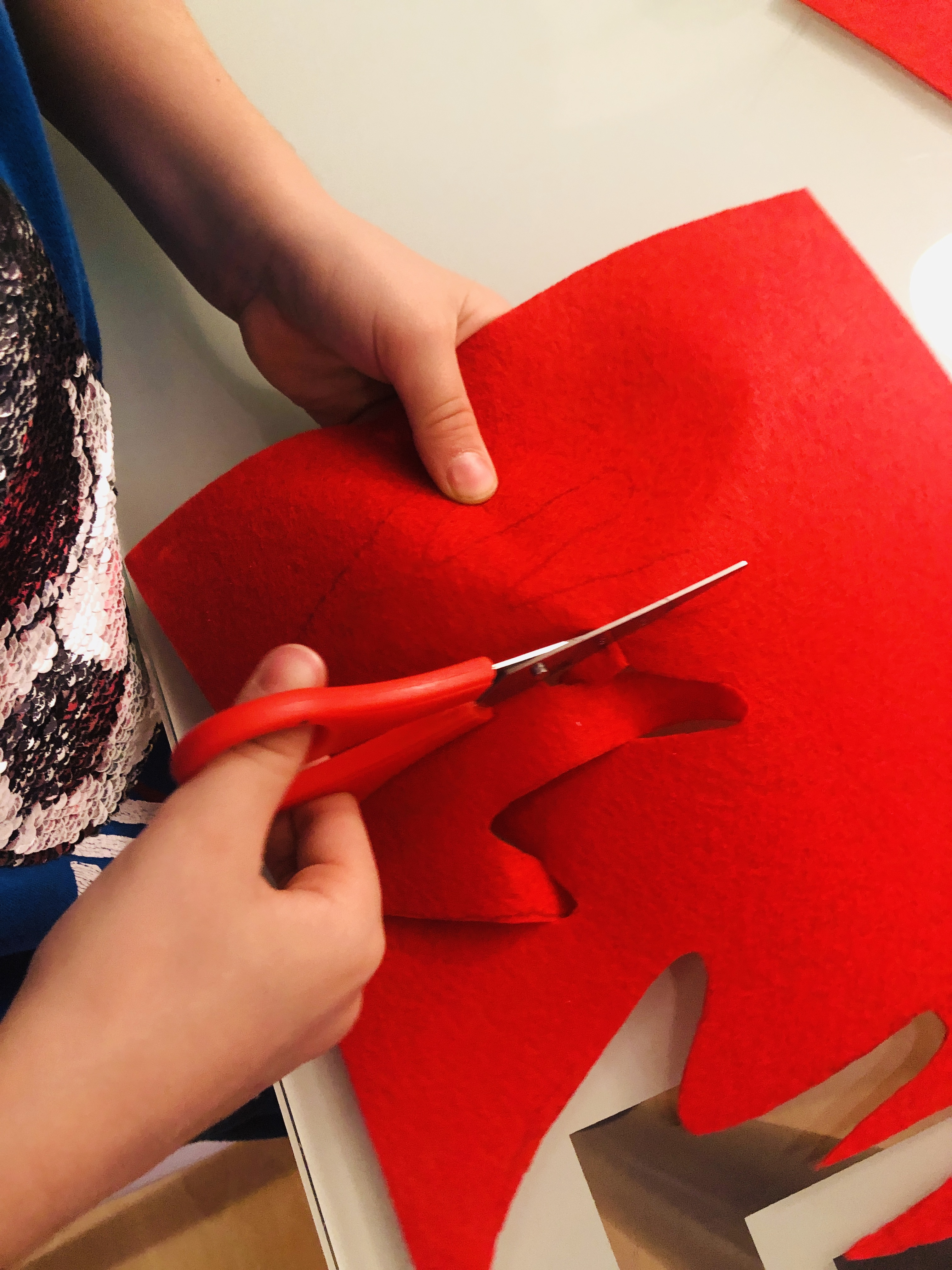 cutting hands out of felt material